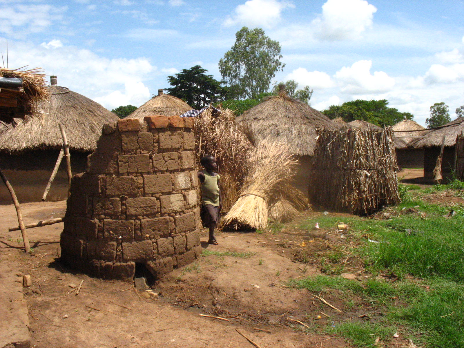 Kunyama IDP camp.JPG